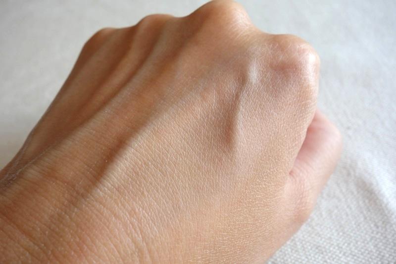 オルビスORBIS 毛穴レス隠す テカリ皮脂 化粧崩れ スムースマットベース